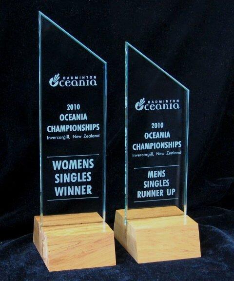 Glass and rimu wood trophy
