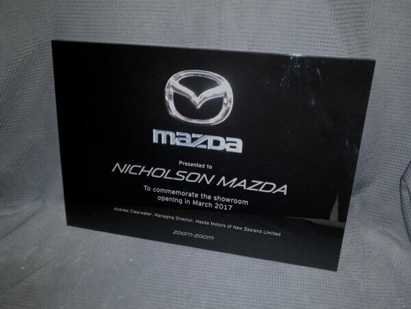Opening-plaque-mazda